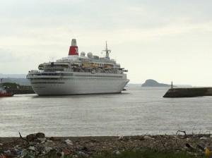 22.ISLAS . crucero y la deva. Imagen 32495 300x224 La Ladrona y La Deva, islas a babor de la Ría de Avilés