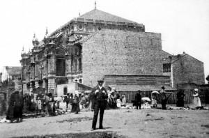 22.PALACIO VALDES. 300x198 La tragicomedia envuelve la historia de la calle Palacio Valdés