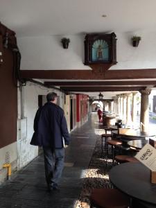 22.soportal. GALIANA. IMG 52452 225x300 Imágenes amparadas por soportales del Casco Histórico de Avilés